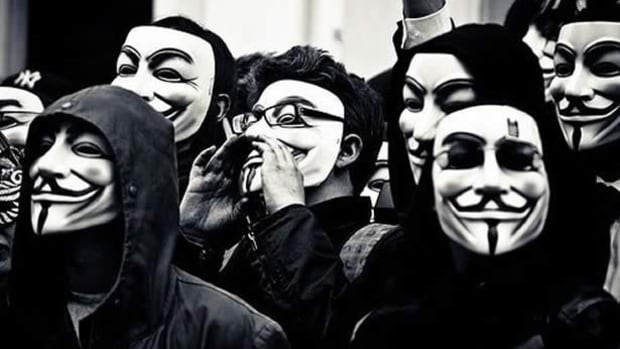anonymous_masks_616