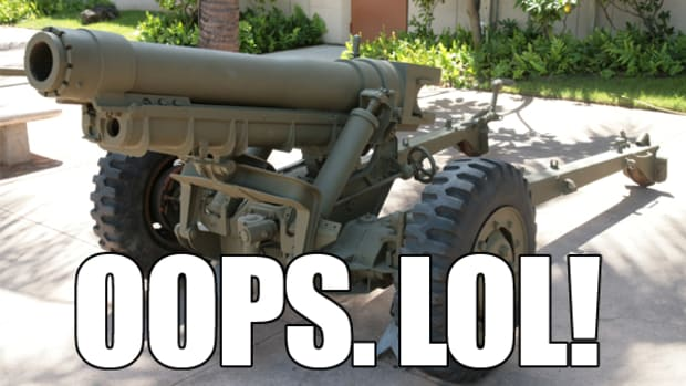 M3_105mm_Howitzer