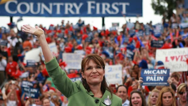 Palin+Campaigns+Outdoor+Rally+Carson+Ci