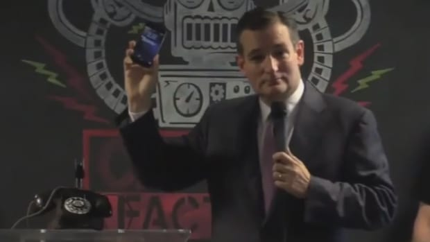 ted_cruz_phones
