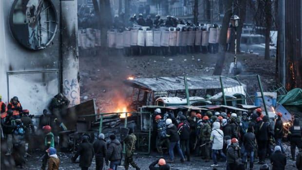 ukraine-eu-protest-violence.si