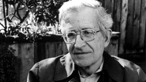 http://www.g7welcomingcommittee.com/bands/images/noamchomsky.jpg
