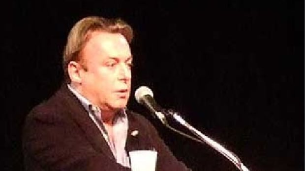 Christopher Hitchens speaking at The Amazing M...