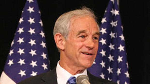 Ron Paul at the 2007 National Right to Life Co...