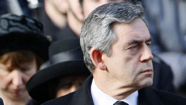 Gordon Brown attends Remembrance Day ceremony by Downing Street.