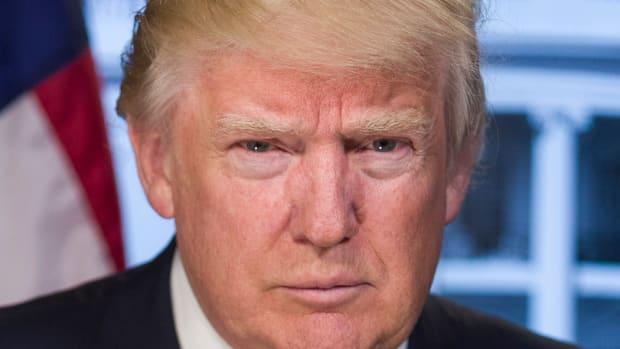 Donald_Trump_official_portrait_(cropped)