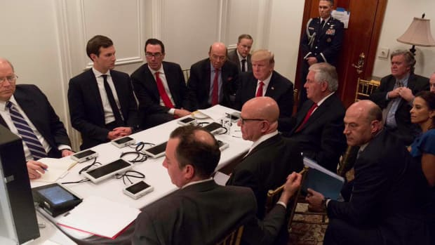 trump-sit-room