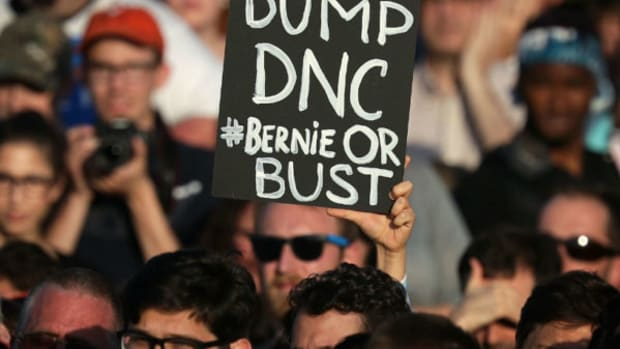 Bernie-Or-Bust-Democrats-Afraid-Bernie-Sanders-Revolution-Could-Change-The-Convention-600x400.jpg
