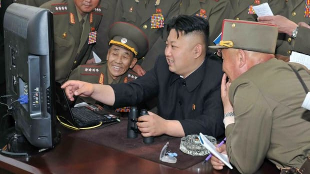140513-mong-north-korea-kim-jong-un_c3dd77721033c29f0a42fb85ca5ef332.nbcnews-fp-1240-520