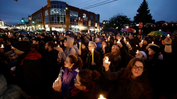 Pittsburgh synagogue attack vigil