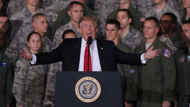 trump-military