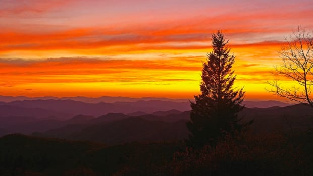 north-carolina-mountain-sunset-ulrich-burkhalter