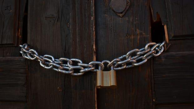Chain the Doors