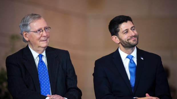AP_Mitch_McConnell_Paul_Ryan_eR_151231