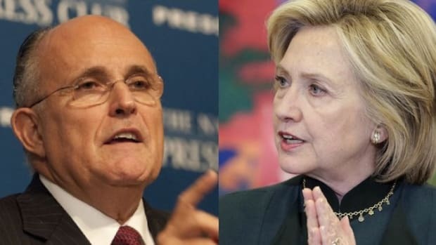 Rudy-Giuliani-vs-Hillary-Clinton-678x381