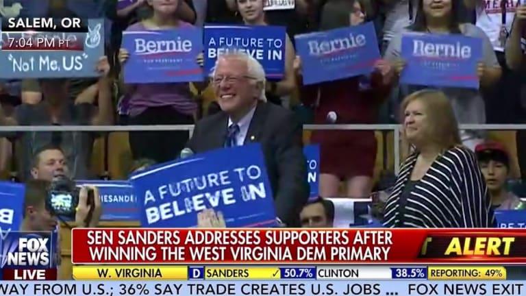 Watch Fox News Douche Caught Trashing Bernie Sanders on Hot Mic
