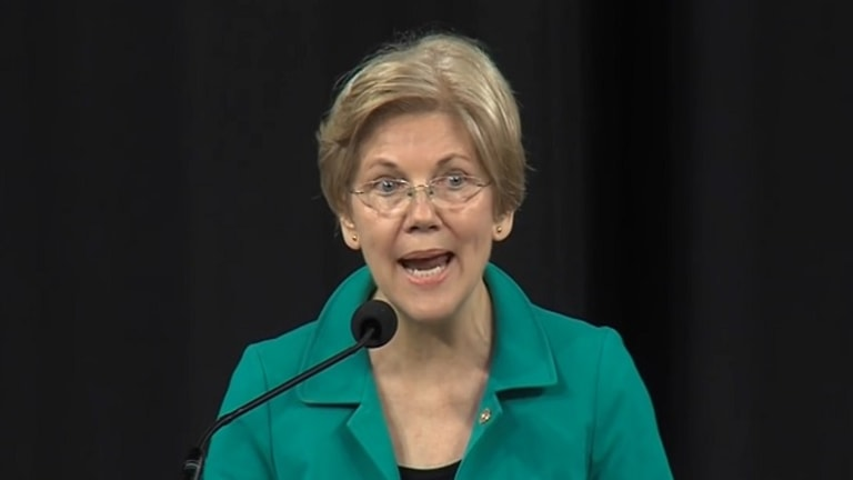 Watch Elizabeth Warren Continue to Own Donald Trump Like Bad Real Estate