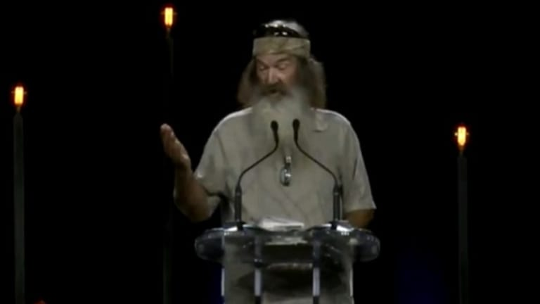 "Watch Duck Dynasty Bigot Offer Hilarious ""Proof"" That Jesus is Really Real"