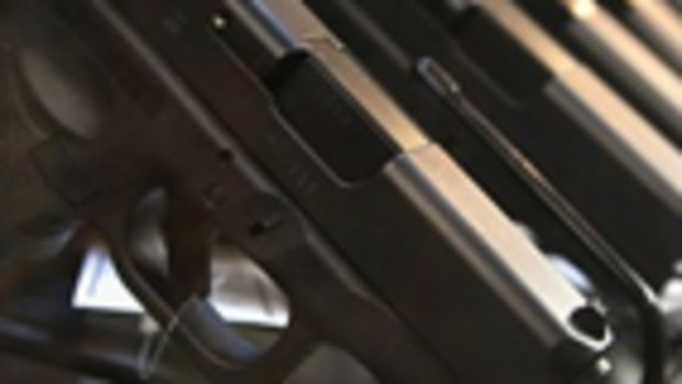 handguns_bill_reid_280