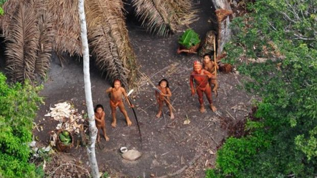 Uncontacted-Tribes-living-in-Brazil-2-e