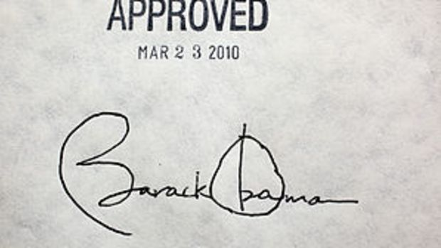 English: President Barack Obama's signature on...