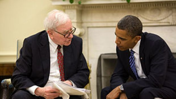President Barack Obama and Warren Buffett in t...