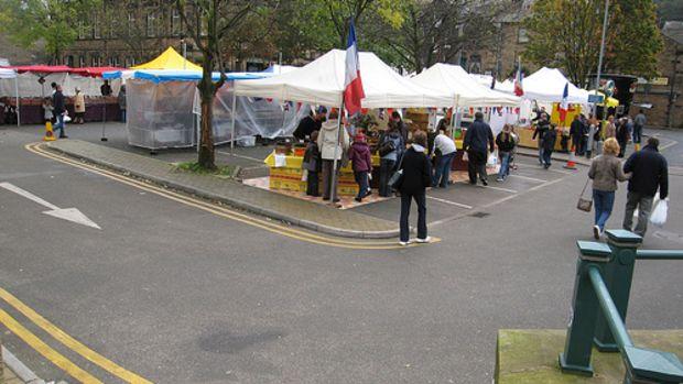 Todmorden market, Todmorden by Lancastrian.