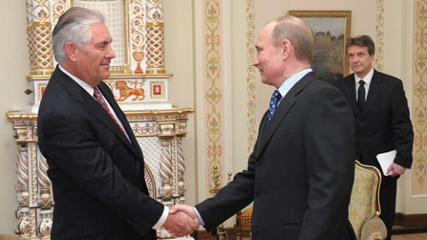 1024px-2012-04-16_Владимир_Путин,_Рекс_Тиллерсон_(1)