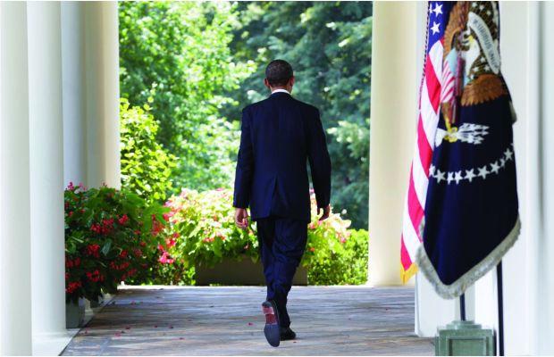 Obama-Walking-Away-Rose-Garden2
