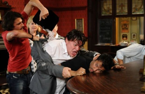 masood_derek_fight-460x317
