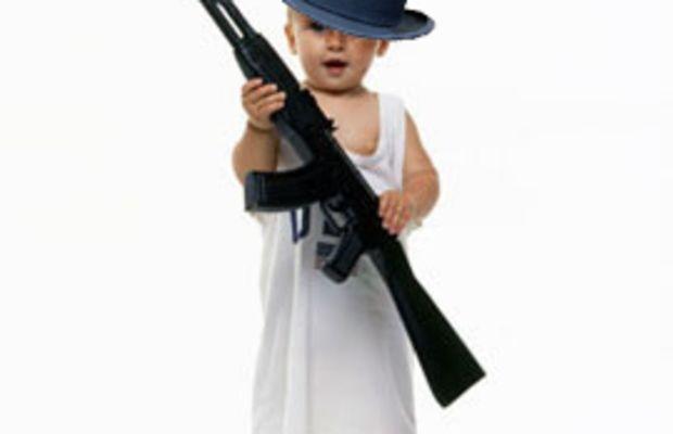 baby_new_year_gun