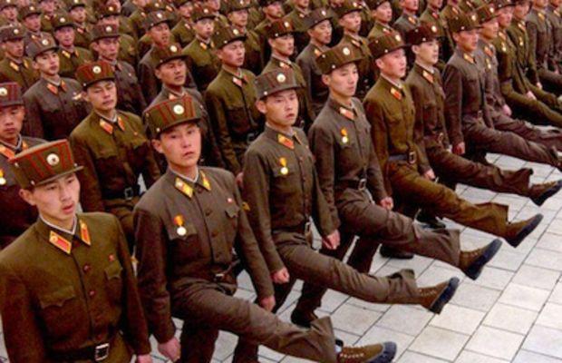 north-korea-troops1