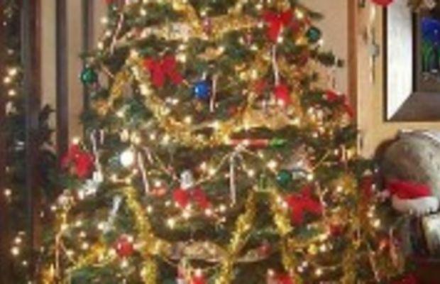christmastree-presents
