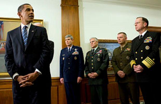 (Jan. 28, 2009) President Barack Obama, with G...