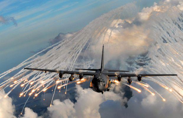 US Special Forces AC-130 gunship in training 2007 (Lockheed Martin/ Flikr)