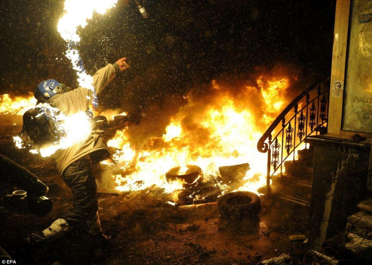 kiev_man_on_fire