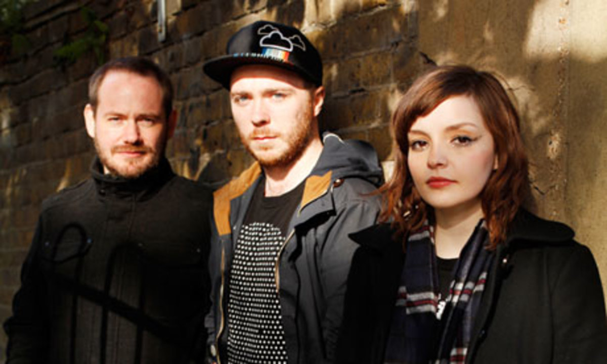 chvrches-churches-lauren