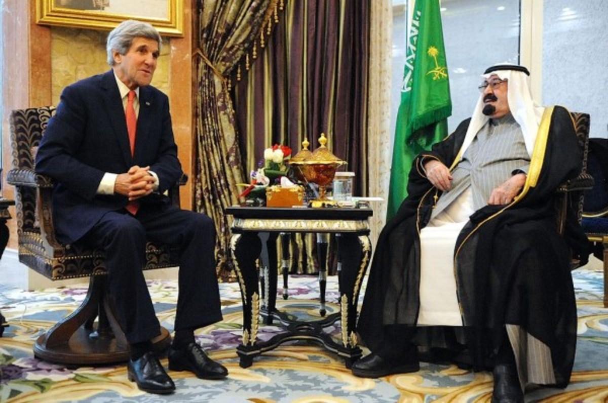 Kerry_and_Abdullah,_2014