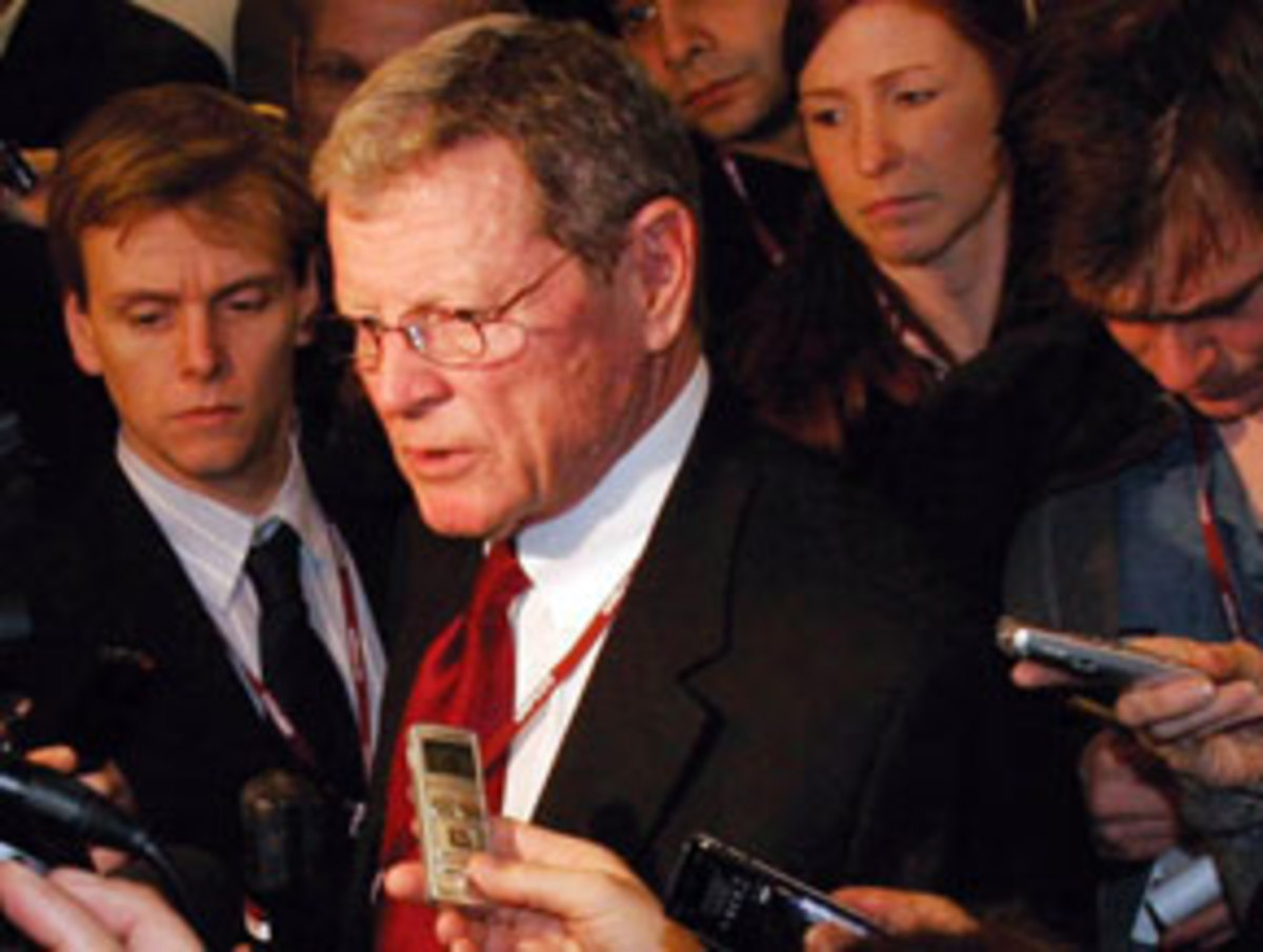 Jim Inhofe speaks to reporters in Copenhagen.