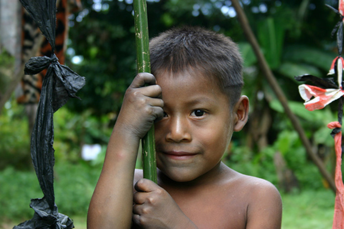 Embera Wounaan boy by sensaos.