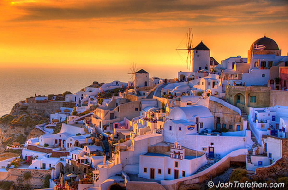 Summer Lovers :: Oia, Santorini, Greece by JoshTrefethen.com.