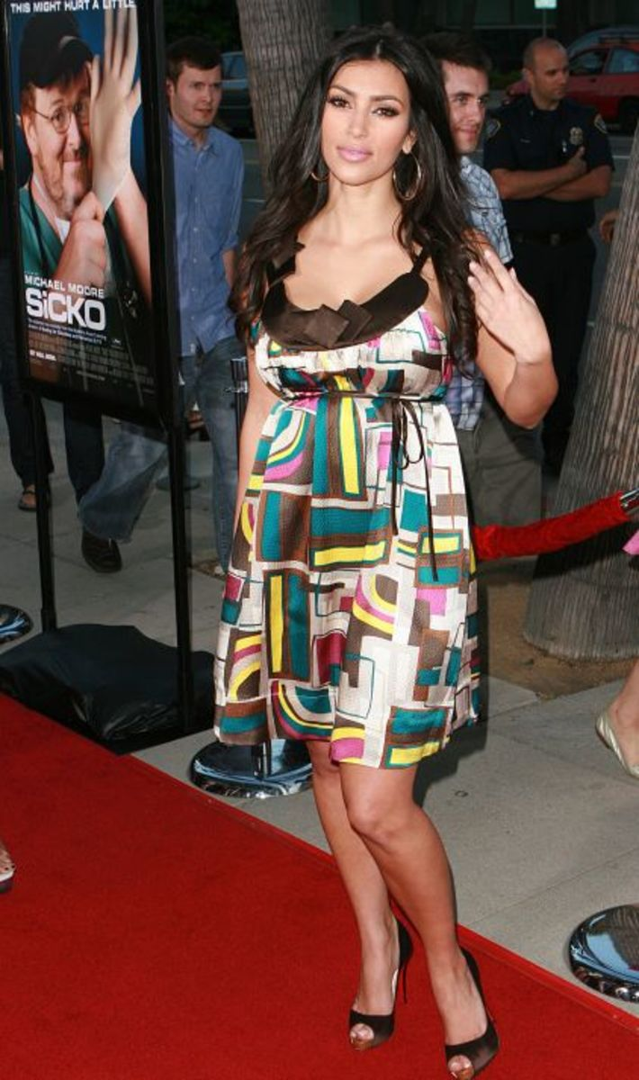 Kim Kardashian At The Premiere Of Michael Moore's Sicko