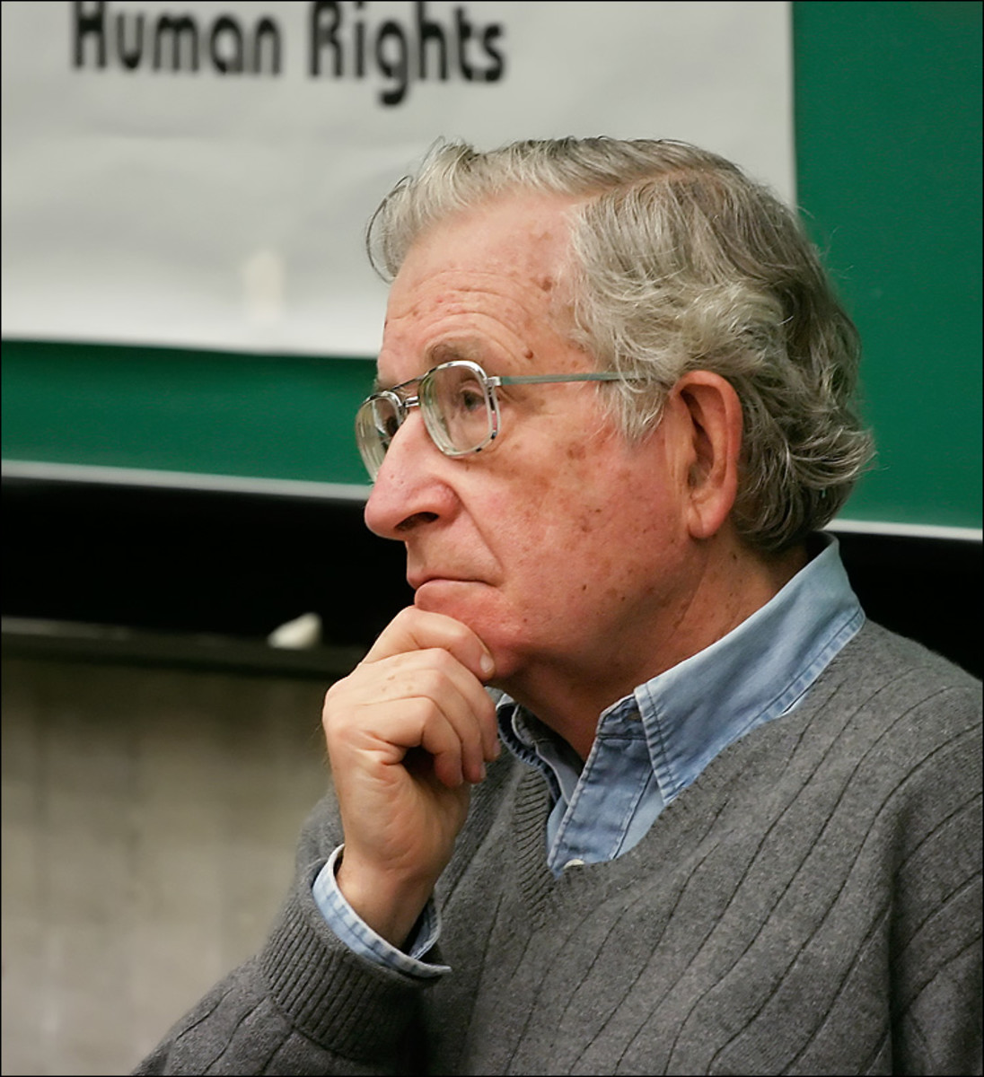 /noam_chomsky_human_rights.jpg