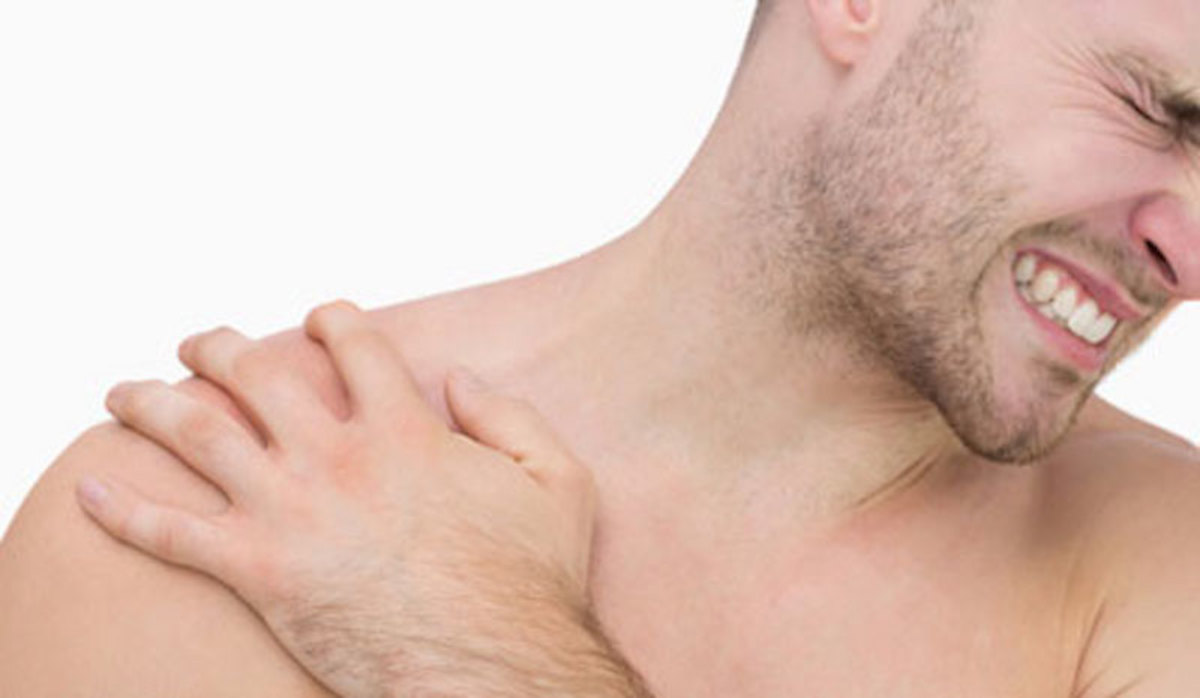 man-with-shoulder-pain1.jpg