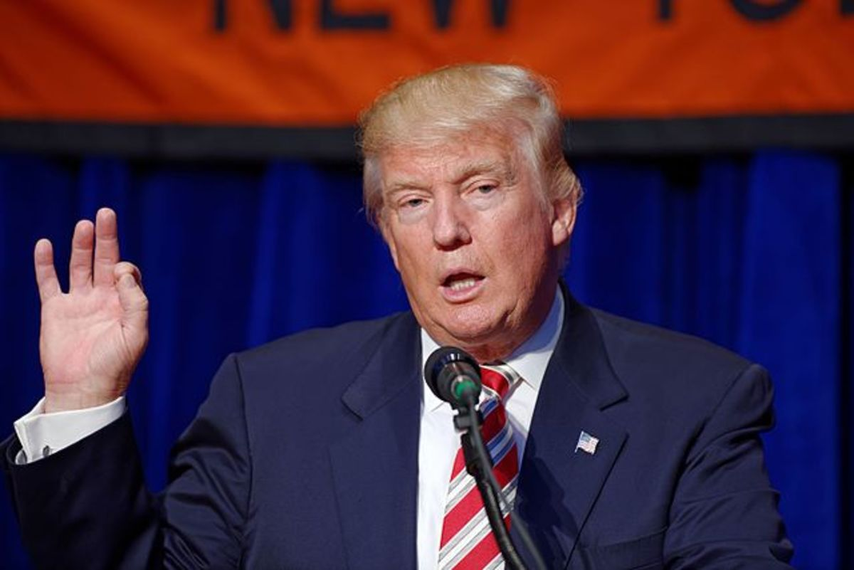 640px-Donald_J._Trump_at_Marriott_Marquis_NYC_September_7th_2016_04