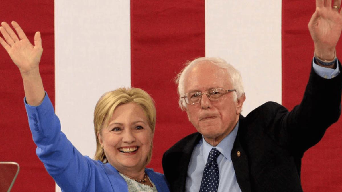 bernie-sanders-endorses-hillary-clinton-tweets-MOe.png