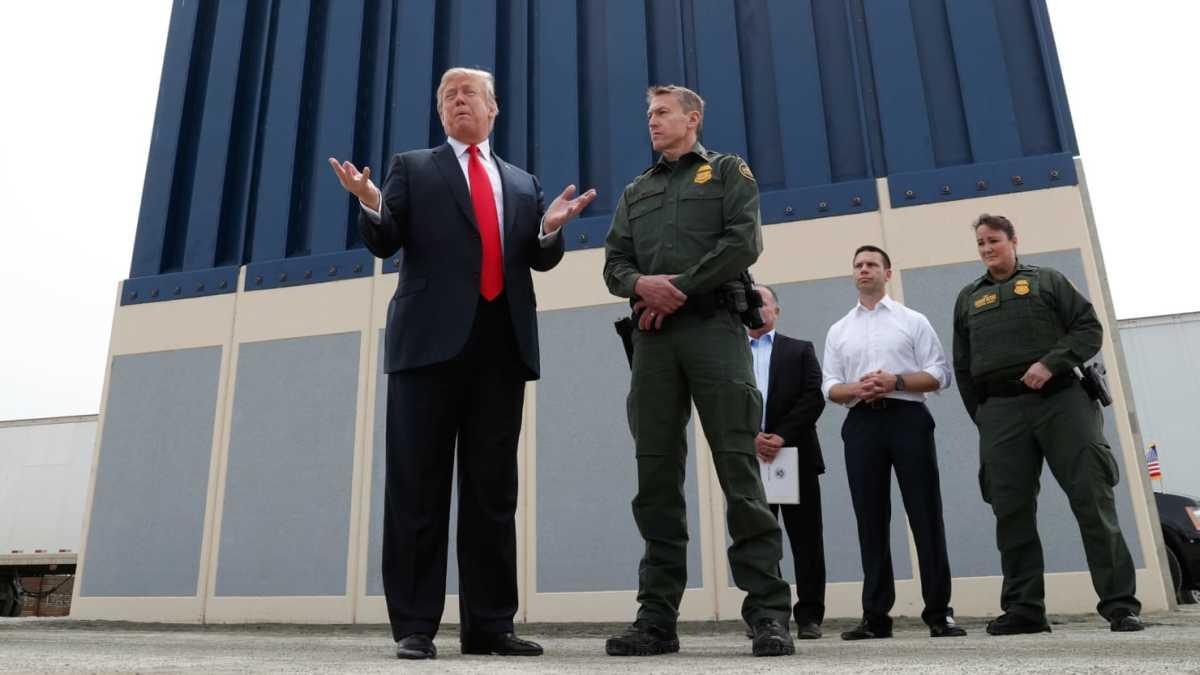 Image source: Kevin Lamarque/Reuters