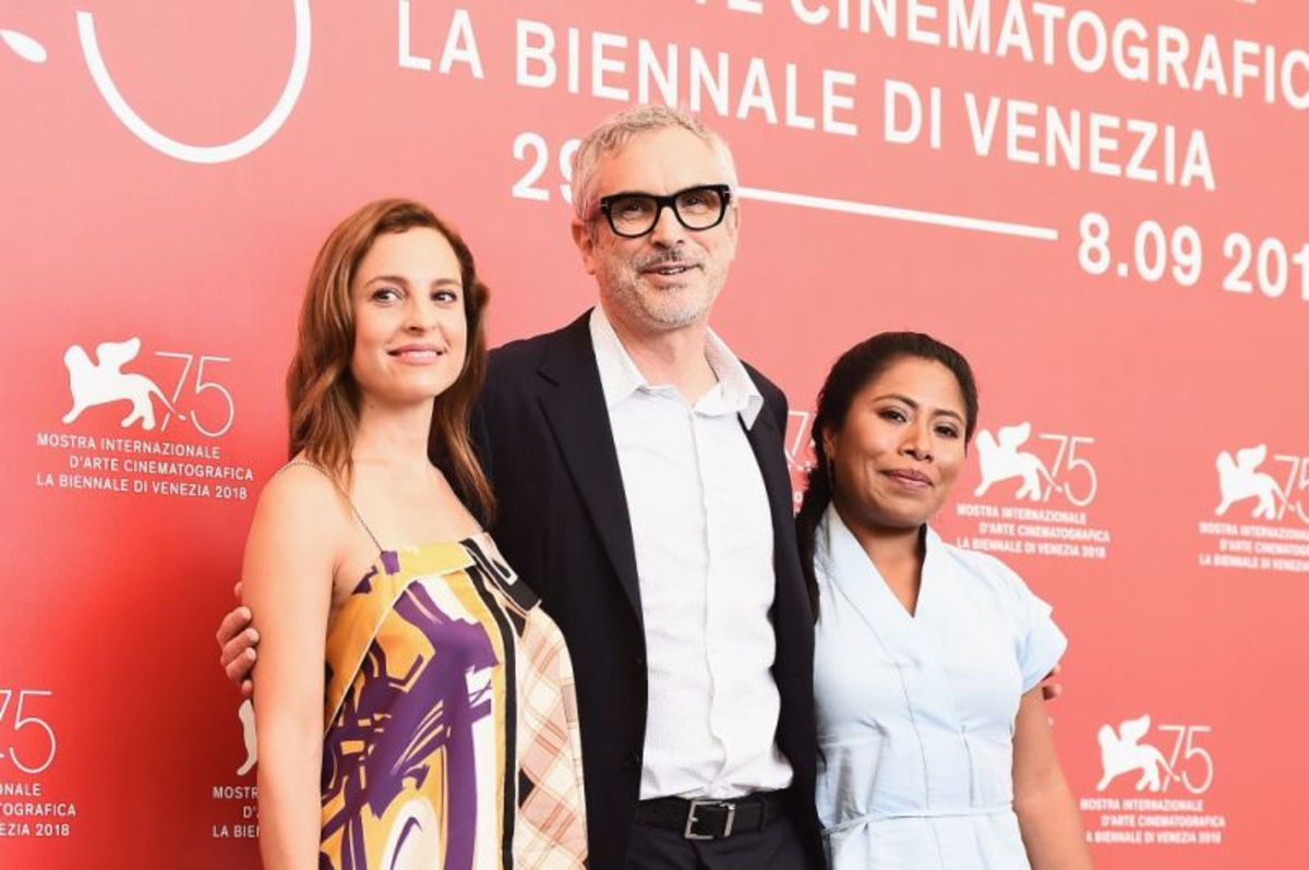 L to R: Mariana de Travina, Alfonso Cuarón, Yalitza Aparicio, photograph courtesy of Estillo DF